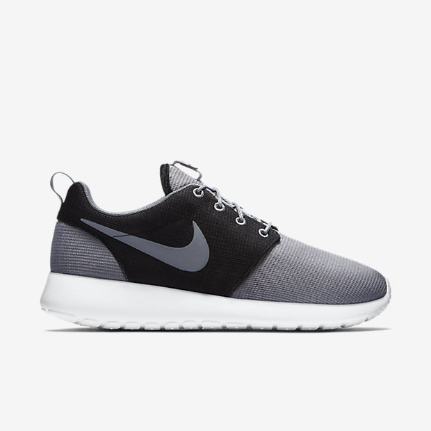Nike Roshe One Black And Grey