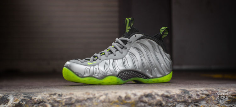 "reputable site 9097a 80dfb NIKE AIR FOAMPOSITE ONE PREMIUM ""METALLIC SILVER / NEON ..."