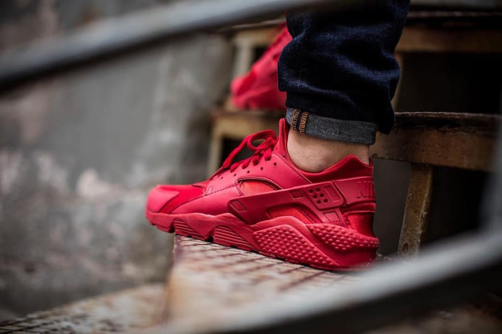 "promo code 40ee5 dd833 NIKE AIR HUARACHE ""TRIPLE RED"" $88.00 FREE SHIPPING ..."