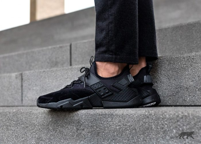 "cheap for discount b43b3 47da2 NIKE AIR HUARACHE DRIFT PREMIUM ""TRIPLE BLACK""  59.98"