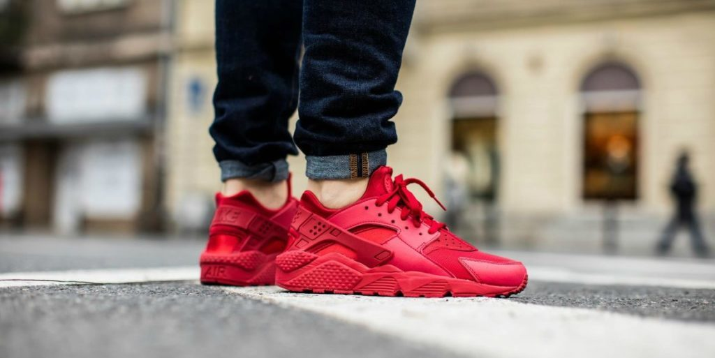"233c659a81f15 NIKE AIR HUARACHE ""VARSITY RED""  82.50 FREE SHIPPING"